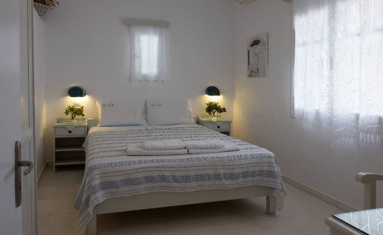 Double bedroom in our apartments in Drios