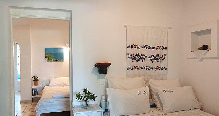 Paros Apartments in Drios