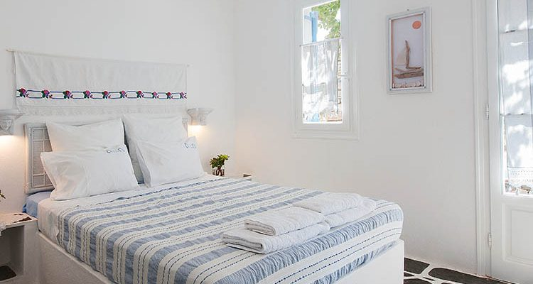 Paros Apartment rentals by the sea