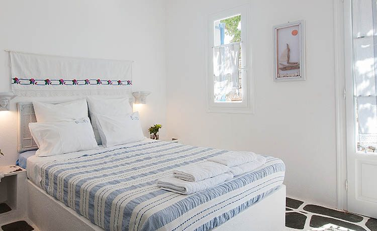 Paros Apartment rentals by the sea